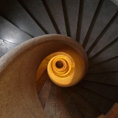 stairs-8443_1280
